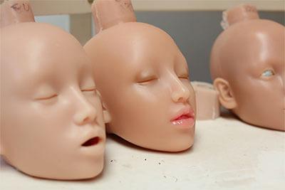 Têtes de poupées en silicone